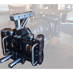 Cinematics transforce lens adapters and Aluminum rig plates for smartphone